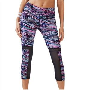 Fabletics Digital Static Print Zoey Capri Small